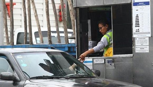 Presidente de Comisión de Transportes pide a Jorge Muñoz se suspenda el cobro de peajes en Lima