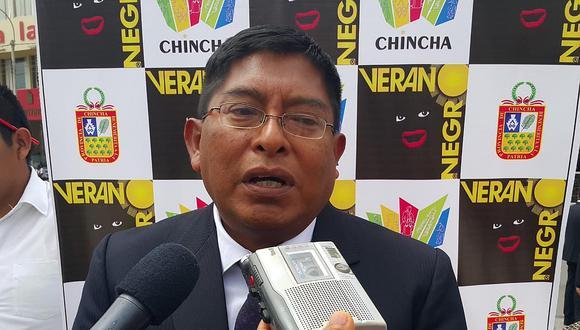 Compran kit para promover revocatoria de Armando Huamán
