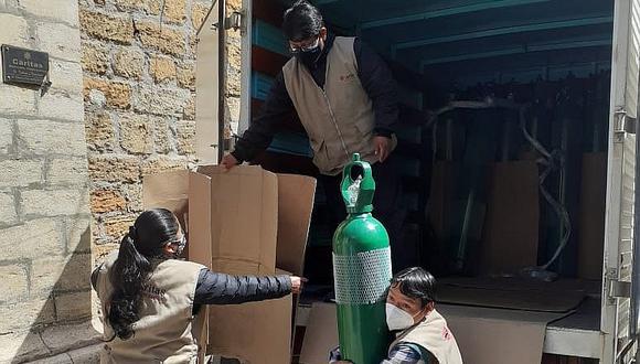 """""""Respira Perú"""" manda 18 balones de oxígeno para población de Huancavelica"""