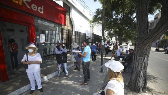 Si ha sido estafado, lo primero que debe hacer es reportarlo en el Banco de la Nación. (Foto: Britanie Arroyo | GEC)