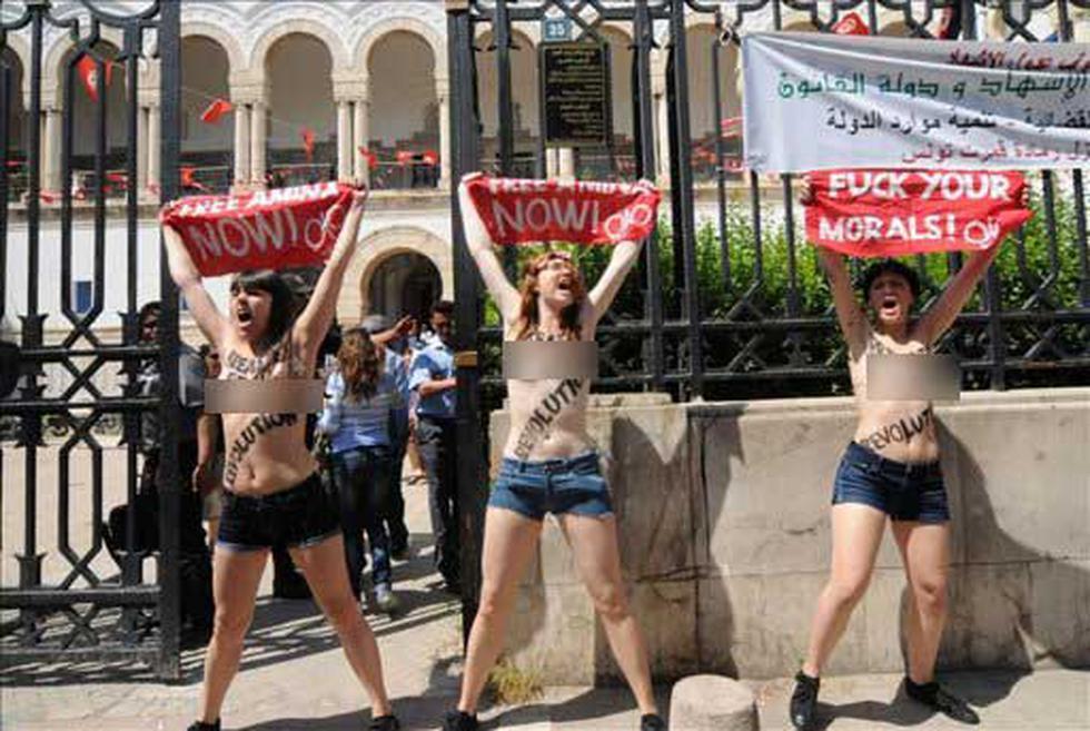 """""""Top less"""" power: Revolución de las mujeres"""