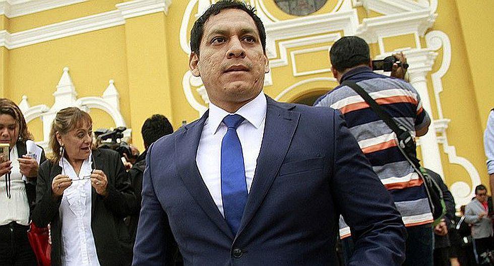 """Luis Valdez: """"Por César Acuña, sí juro"""""""