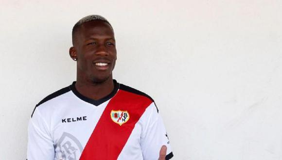 Luis Advíncula viajaría a Buenos Aires para pasar los exámenes médicos y ser presentado por Boca Juniors. (Foto: EFE)