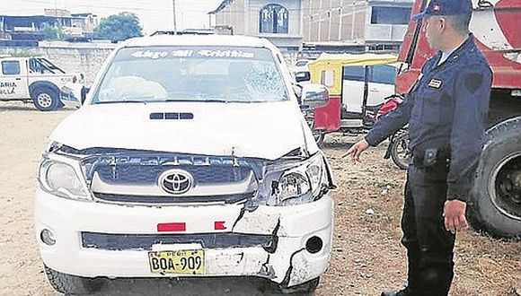 Hombre muere atropellado por un vehículo que se da a la fuga en la provincia Zarumilla