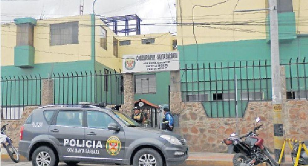 Juliaca. Suboficial PNP Eddy Díaz fue capturado por sus colegas de la comisaría de Santa Bárbara.
