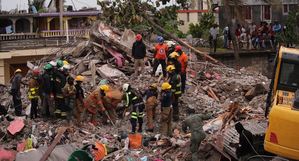Sube a 1.941 la cifra de muertos por el terremoto de Haití