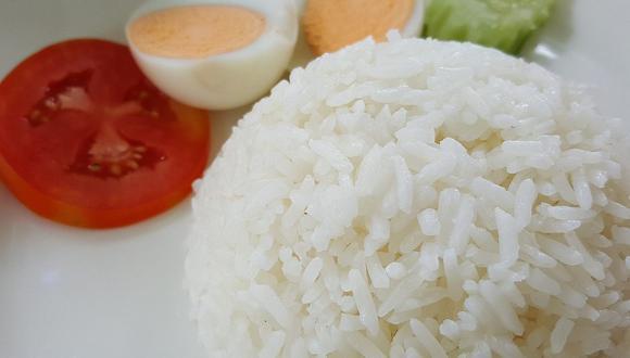 El arroz blanco es un gran acompañamiento de diversos platos como guisos o frituras. (Foto: pasrasaa / Pixabay)