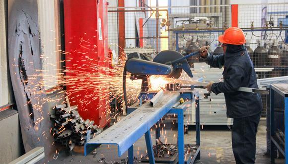 Produce indicó que, para el cierre del 2021, se estima que el sector manufactura registraría un aumento de alrededor del 14.9%. (Foto: GEC)