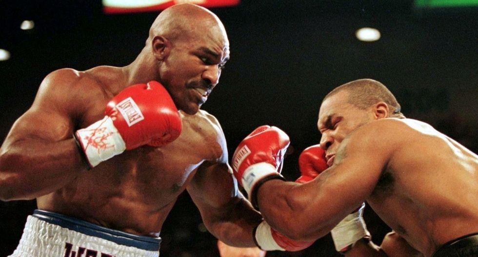 Tyson y Holyfield dos leyendas de los pesos pesados vuelven a pelear (Foto: Reuters)