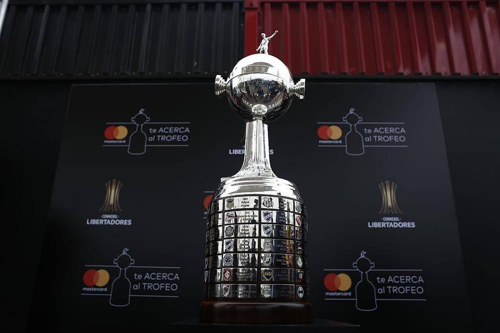La gloriosa está aquí: la histórica Copa Libertadores llegó a Lima (FOTOS)