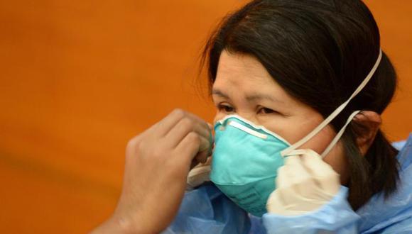 EE.UU.: Enfermeras van a huelga exigiendo protección contra ébola