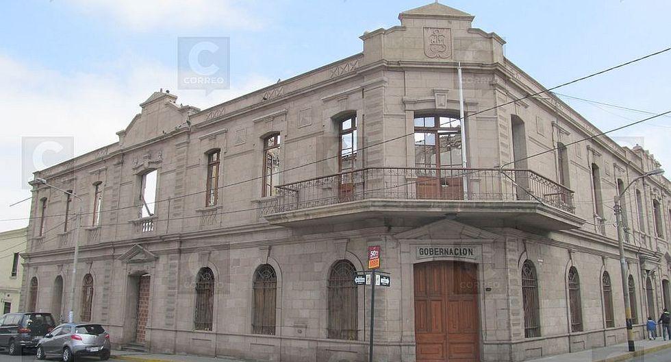 Cultura observa diseño de restauración de la Prefectura por espacios