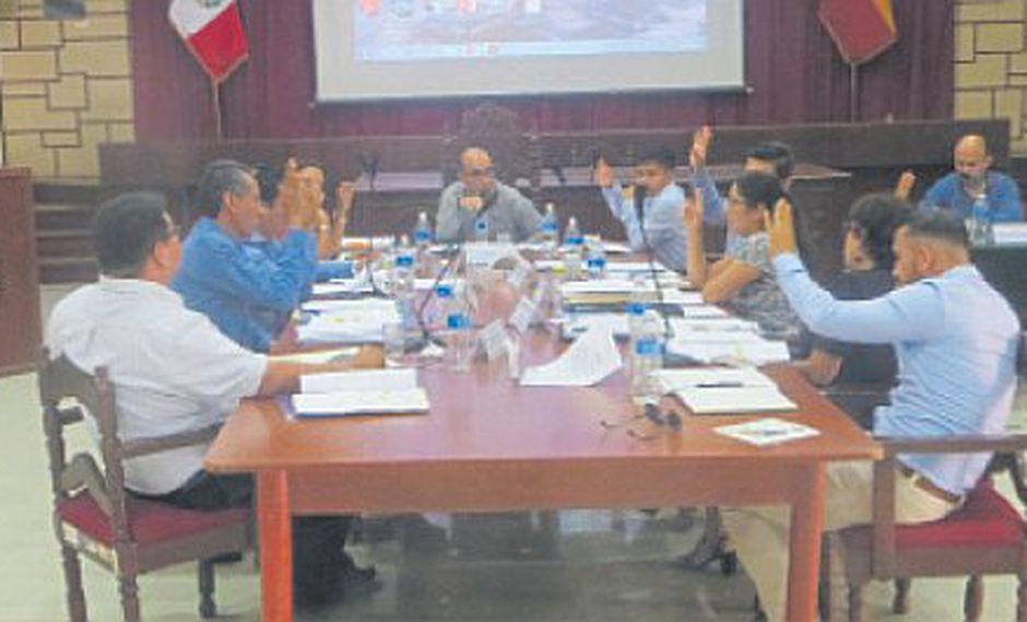 Rechazan contratación de asesores para el Consejo