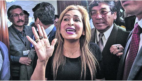 """Maritza García tras renuncia: """"Pago por un error político"""""""