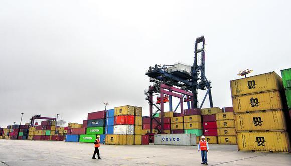 Invierten 4 millones de dólares a la semana en el Puerto del Callao