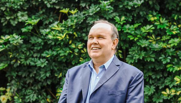 """""""Sueño con un Perú en el que se respete la vida de todos los peruanos y se respete y fortalezca la familia, conformada entre un hombre y una mujer"""", comenta Rafael López Aliaga"""