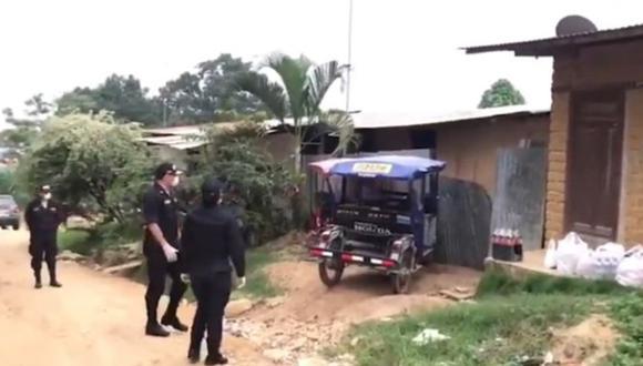 San Martín: Policías de la comisaría de Banda de Shilcayo llevan víveres a familias en cuarentena (Captura Vía Televisión)