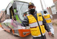 Transportistas no desinfectan unidades, no toman temperatura ni respetan aforo en Cusco