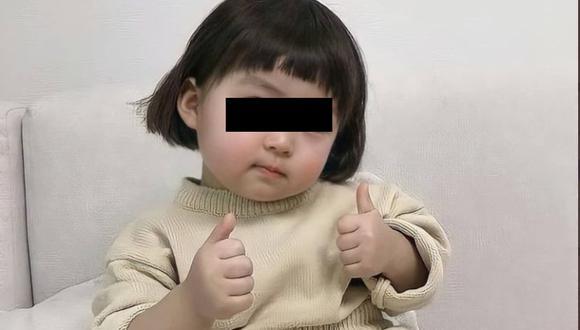 Madre de la niña coreana busca que se deje de usar la imagen de su hija. (Instagram)