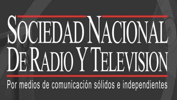 """""""La confianza de nuestros oyentes y televidentes nos hace reafirmar nuestro compromiso con la verdad y nuestra firme defensa de la libertad de expresión"""", indica la Sociedad Nacional de Radio y Televisión tras la proclamación de Pedro Castillo."""