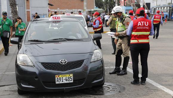 Los taxistas deberán cumplir las disposiciones de la ATU. (Foto: referencial/Archivo)