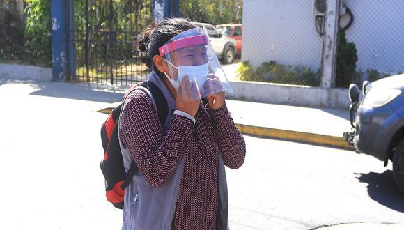 Celia Capira conmovió a todo el país tras implorar ayuda cuando corría detrás del vehículo donde se trasladaba el presidente Martín Vizcarra durante una visita a Arequipa. (Foto: GEC)
