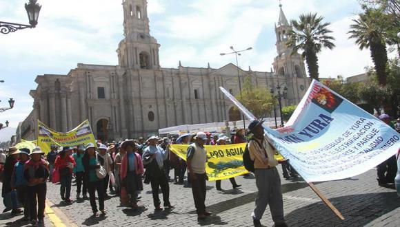 Protestan por privatización de Egasa y Seal