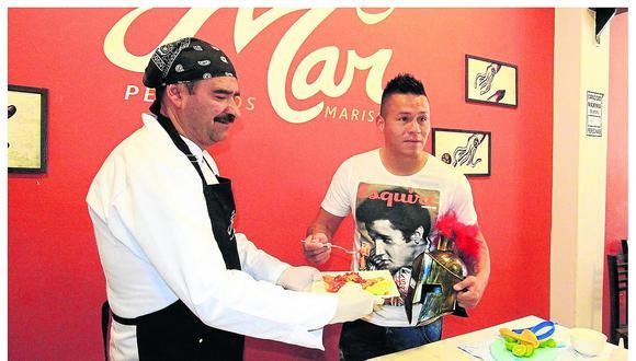 Chef huancaíno y 'Conan' hacen ceviche rojo y matador