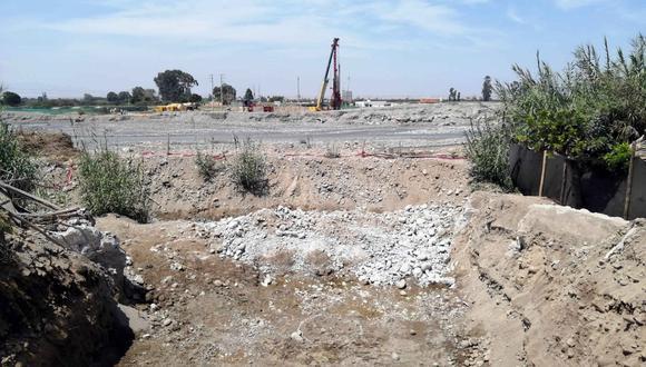 Chincha: Avanzan trabajos de reconstrucción del puente Chamorro en El Carmen.