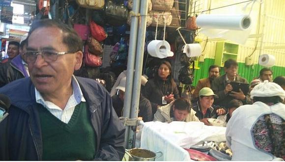 Elecciones 2016: Canditato de Frente Amplio desayunó en mercado local