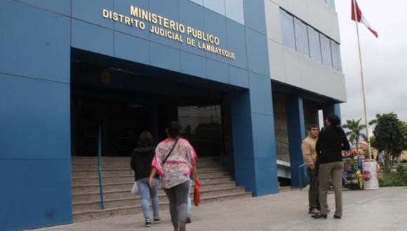 Lambayeque: Ministerio Público investiga por presunto acoso sexual al gerente regional de salud, Víctor Hugo Echeandía, en agravio de una trabajadora del hospital Las Mercedes, cuando se desempeñaba como director del referido nosocomio.