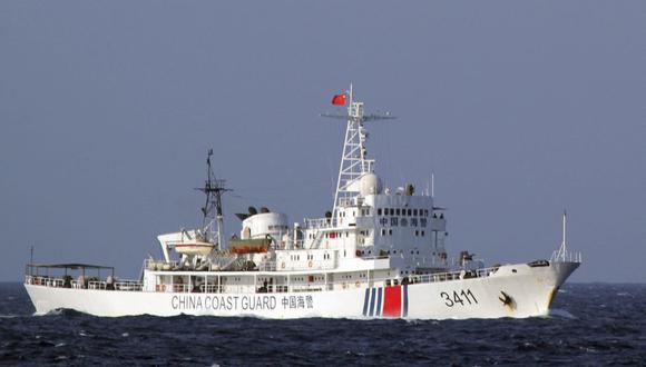 Hay aproximadamente 400 embarcaciones pesqueras de procedencia china cerca del mar peruano. (Foto: EFE)