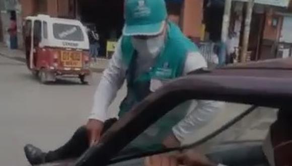 Huánuco: chófer escapa para no ser multado y se lleva a inspector de tránsito (Foto: captura de video)