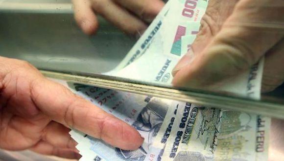 Créditos para microempresarios apuntan a reactivar la economía en el país.  (Foto: Andina)
