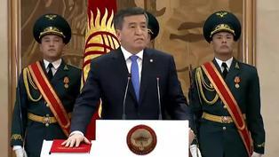 El presidente de Kirguistán dimite tras 10 días de caos