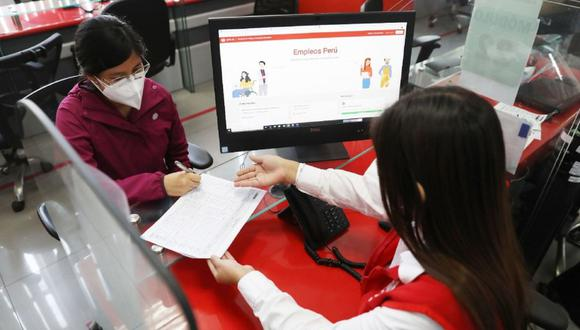 También se prohibió que las entidades públicas contraten personal bajo la modalidad de locación de servicios. (Foto: Andina)