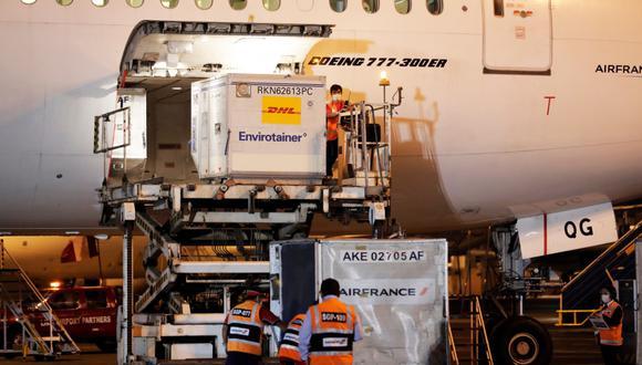 El MTC informó que estas dosis ya salieron de la ciudad de Beijing (China) y en estos momentos se encuentran con dirección a Ámsterdam (Países Bajos), con el vuelo KLM892.  (Foto: Presidencia)