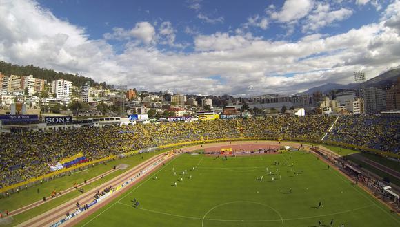 """La Supervisora de Control del Distrito Metropolitano de Quito asegura que """"la LigaPro tiene listos desde hace un año los protocolos"""" para esa reapertura, basada en herramientas digitales desarrolladas para el control de eventos públicos. (Foto: PABLO COZZAGLIO / AFP)"""