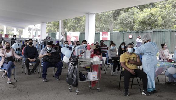 La vacunación contra el coronavirus (COVID-19) avanza a nivel nacional. Foto: Jessica Vicente/@photo.gec