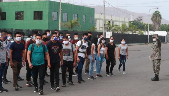 """Presidente Pedro Castillo dijo que aquellas personas jóvenes """"que no estudian ni trabajan"""", deberán participar del servicio militar. (Foto referencial: Lino Chipana / GEC)"""