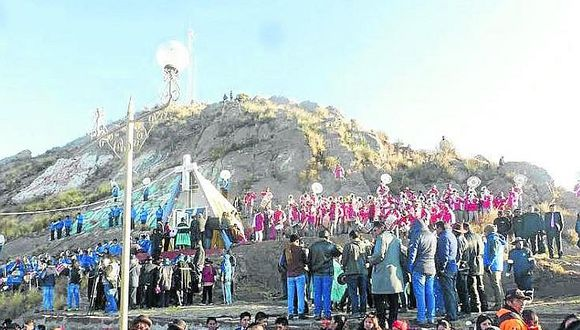 Puno: devotos festeja la festividad de la Virgen de la Natividad en Desaguadero