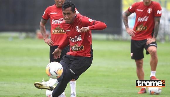 Renato Tapia no pudo estar presente ante Argentina por acumulación de tarjetas amarillas. (Foto: FPF)