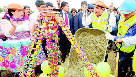 Gobernador regional informa sobre obras, pero la mayoría no se concreta todavía