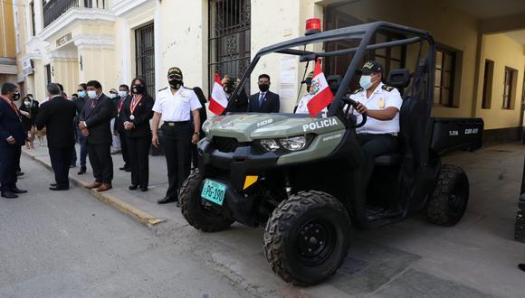 PNP de Turismo entregó vehículos para realizar operativos