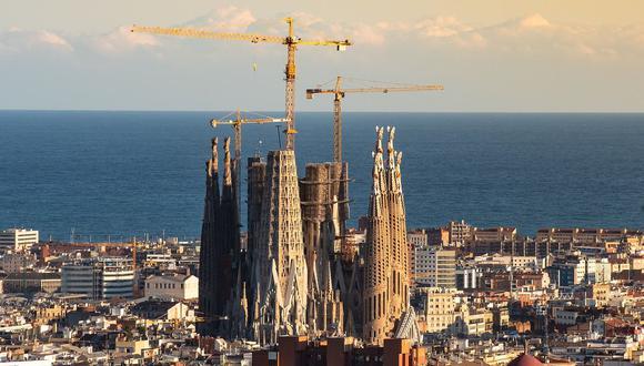 La Sagrada Familia es uno de los proyectos arquitectónicos más largos del mundo, pues su construcción empezó hace 138 años. (Foto: Pixabay)