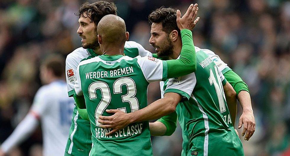 Claudio Pizarro llegó a su gol 102 con el Werder Bremen