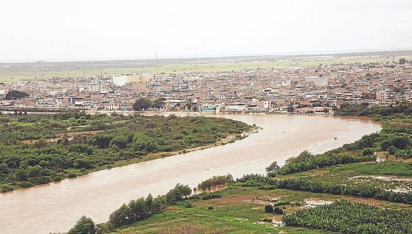 Tumbesinos en riesgo por agua contaminada en el río