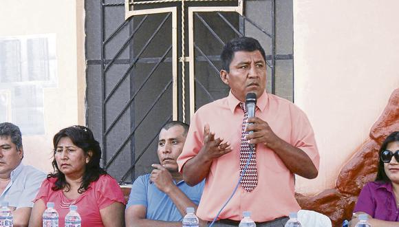 Entregan documentos de saneamiento físico en Vista Alegre