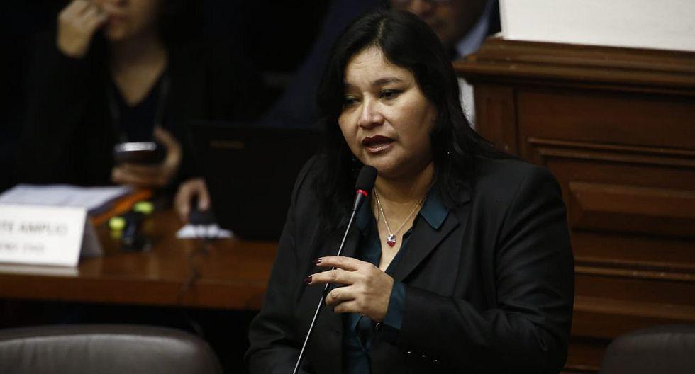 Janet Sánchez pide en pleno del Congreso que se priorice informes aprobados en la Comisión de Ética