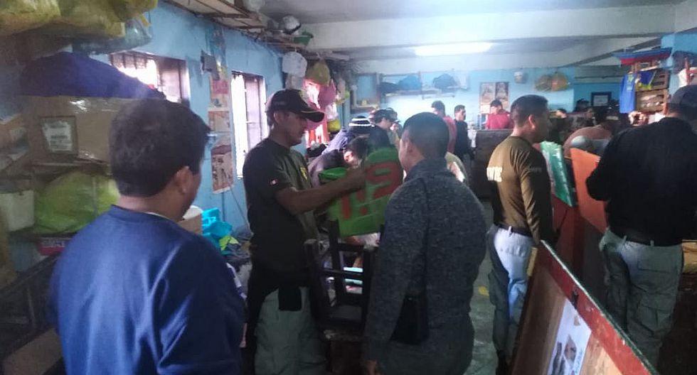 Hallan droga, celulares y cuchillos en operativo dentro del penal de Socabaya (FOTOS)